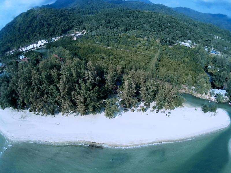 AANA Resort & Spa13
