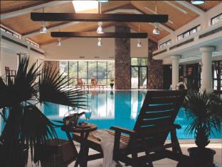 Hongqiao State Guest Hotel Shanghai - Swimming Pool