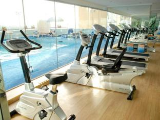 Carlton Tower Hotel Dubai - Fitness Room