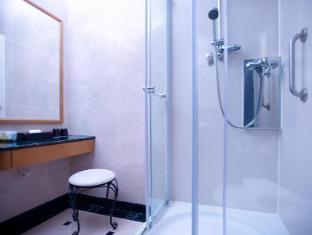 Best Western Plus Hotel Hong Kong Hong Kong - Bathroom