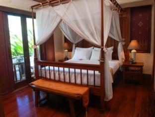 Montien House Hotel Samui - Suite building