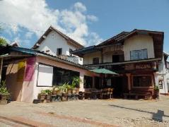 Hotel in Laos | Sysomphone Guesthouse