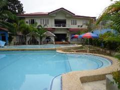 Blue Pot Family Resort | Philippines Budget Hotels