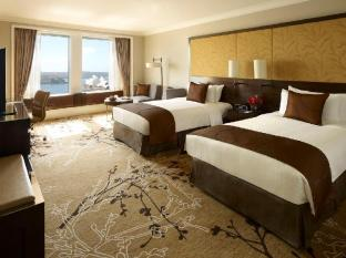 Shangri-la Hotel Sydney - Twin Deluxe Grand Harbour View