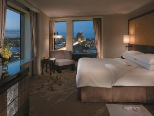Shangri-la Hotel Sydney - Executive Grand Harbour View Suite