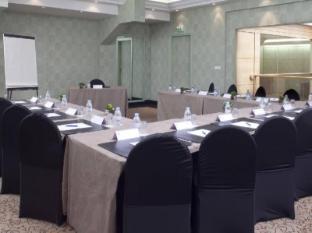 Best Western Le Patio Saint Antoine Paris - Meeting Room