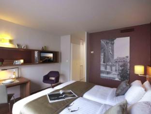 巴黎霍爾斯馨樂庭酒店