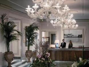 /nl-nl/grand-hotel-vesuvio/hotel/naples-it.html?asq=vrkGgIUsL%2bbahMd1T3QaFc8vtOD6pz9C2Mlrix6aGww%3d