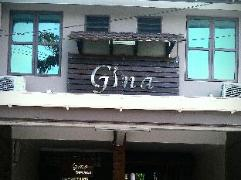 Gina Town House | Malaysia Budget Hotels