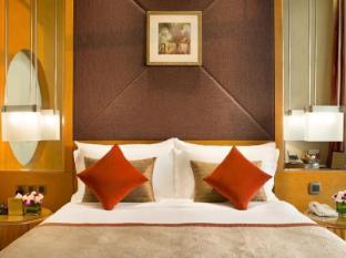 Al Raha Beach Hotel Abu Dhabi - Deluxe Bed