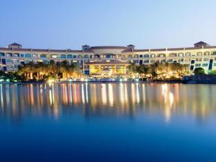 /hr-hr/al-raha-beach-hotel/hotel/abu-dhabi-ae.html?asq=mA17FETmfcxEC1muCljWG7sHXSL1RoGDwegXS7hZzoGMZcEcW9GDlnnUSZ%2f9tcbj
