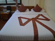 Royal Diamond Hotel: guest room