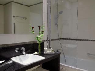 Citadines Tour Eiffel Paris Paris - Bathroom