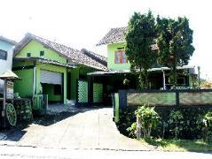 Bayu Murti Homestay Indonesia
