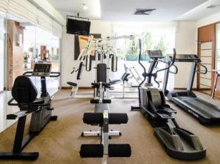 At Ease Saladaeng by Aetas Bangkok - Fitness Room
