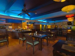 Woraburi Sukhumvit Hotel Bangkok - Food and Beverages
