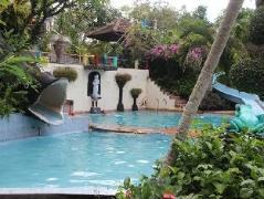 Puri Eling Blimbingsari Hotel, Indonesia