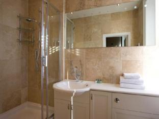 Mayflower Hotel & Apartments London - Bathroom