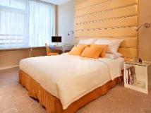 Cosmo Hotel Hong Kong: guest room