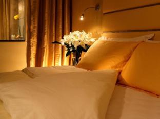 Cosmo Hotel Hong Kong Hong Kong - Guest Room