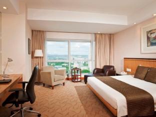 Crowne Plaza Manila Galleria Hotel Manila - Deluxe King