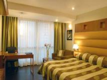 The Shalimar Hotel: guest room
