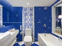 Emperor Hotel: bathroom