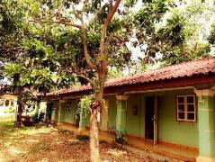 Chanthaveesouk Guesthouse Laos