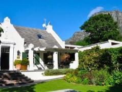 Kidger House Guest House | South Africa Budget Hotels