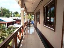 Khonesavath Guesthouse: exterior
