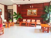 Double Lotus Hotel: lobby