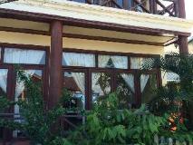 Rattana Riverside Guesthouse: exterior