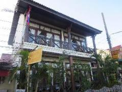Hotel in Laos | Rattana Riverside Guesthouse