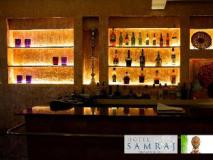 Samraj Hotel: restaurant