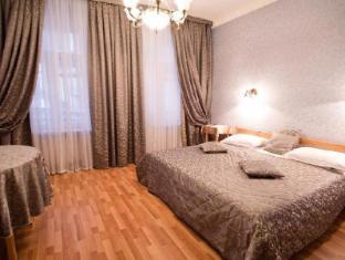 Lebedushka Hotel on Kuznechny