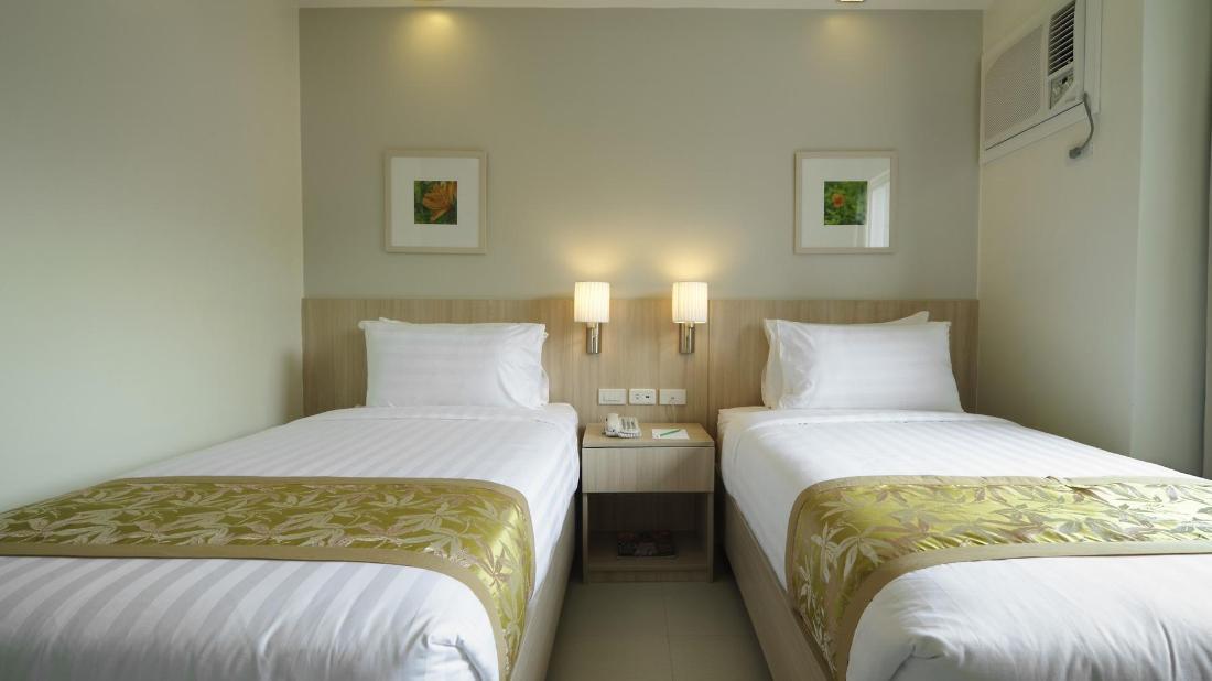 ゼレニティ ホテル アンド スイーツ (Zerenity Hotel and Suites)
