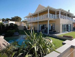 /de-de/sir-roys-at-the-sea-bed-and-breakfast/hotel/port-elizabeth-za.html?asq=vrkGgIUsL%2bbahMd1T3QaFc8vtOD6pz9C2Mlrix6aGww%3d