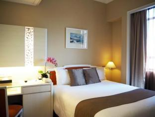 Quality Hotel Marlow Singapore - Superior Queen Room