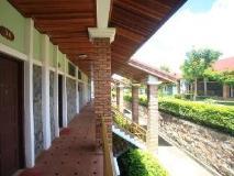 Vansana Plain of Jars Hotel: balcony/terrace