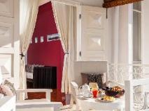 Maison Souvannaphoum Hotel: balcony/terrace
