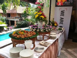 Yaang Come Village Hotel Chiang Mai - Konferenzzimmer