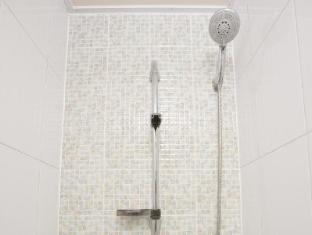 Provista Hotel Gangnam Seoul - Shower