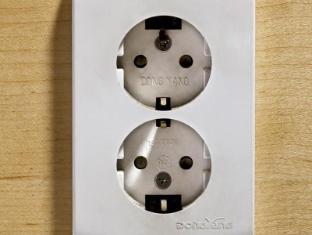 Provista Hotel Gangnam Seoul - Plug Type(220V)