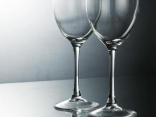 Provista Hotel Gangnam Seoul - Wine Glasses