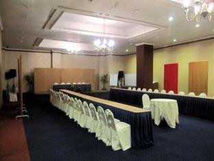 Grand Angkasa International Hotel Medan - U-Shape