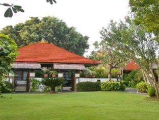 Grand Istana Rama Hotel Bali - Garden