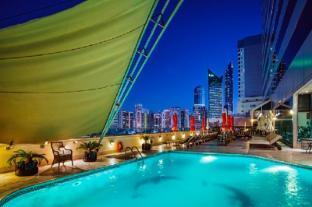 /ca-es/millennium-corniche-hotel-abu-dhabi/hotel/abu-dhabi-ae.html?asq=vrkGgIUsL%2bbahMd1T3QaFc8vtOD6pz9C2Mlrix6aGww%3d