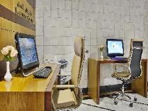 Gateway Hotel Dubai: business center