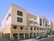 Gateway Hotel Dubai: exterior
