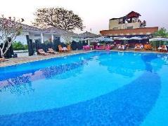 Triumph Hotel   Myanmar Budget Hotels